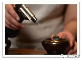 香道知识:隔火熏香,教你从零开始玩沉香